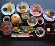 かに料理・もずく雑炊・季節料理・会席料理の皆生温泉「松の江」ミニ会席
